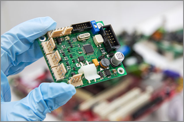 Vapor phase reflow results in top-quality soldering results