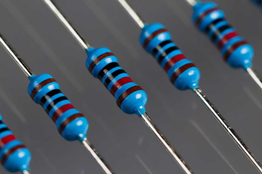 Resistors (10k)